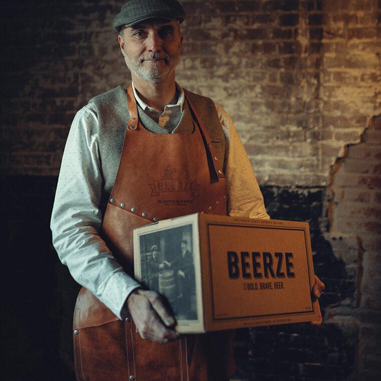 beerze-schort-butts-and-shoulders-ivo-kaanen-760x760
