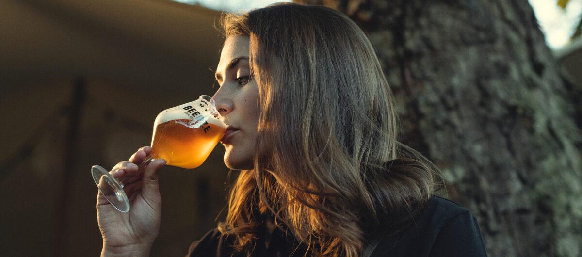 Beerze-Bold-Kelch-glas-Neline-2400x1060