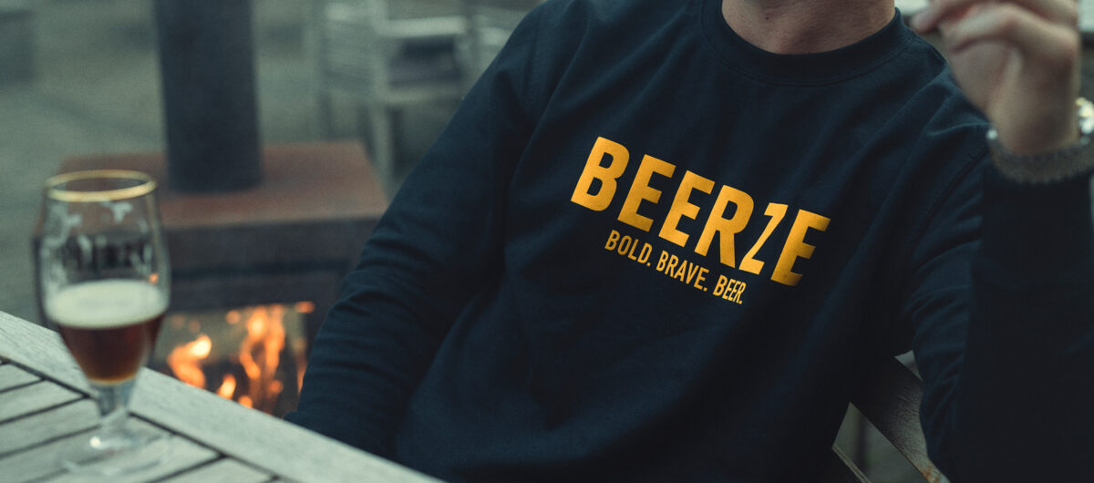 beerze-sweater-navy-beer-3-2400x1060